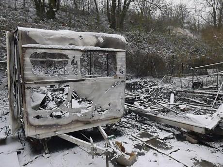 Il y a un an, l'incendie du campement rom au Petit Parking à Strasbourg-Koenigshoffen
