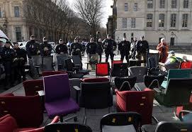 Procès de Jon Palais à Dax : relaxe pour le «faucheur de chaises»