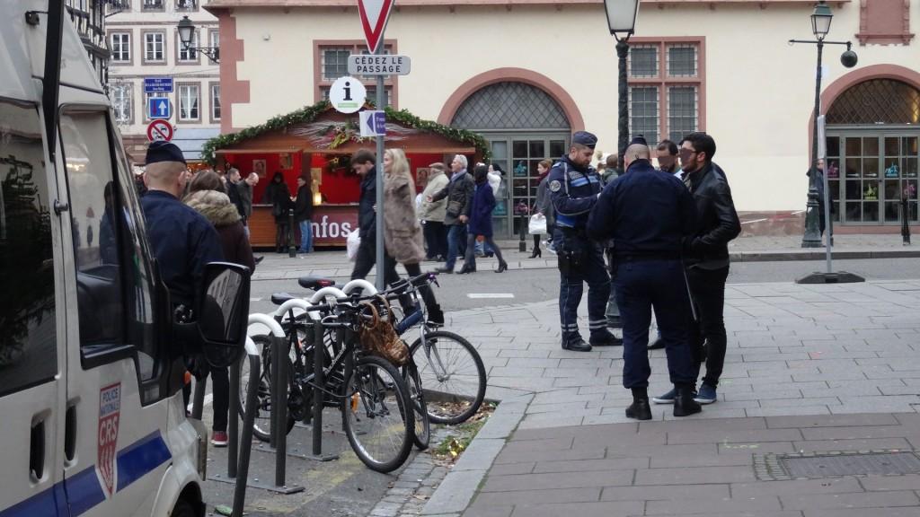 Noël à Strasbourg: contrôle au faciès