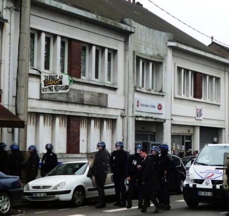 Droit au logement: Nantes sous occupation policière