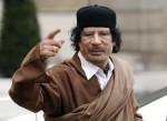 """Mouammar """"Ubu"""" Kadhafi: théâtre aux armées et revue de presse"""