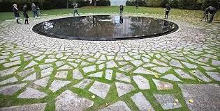 Inauguration d'un mémorial dédié aux Roms à Berlin