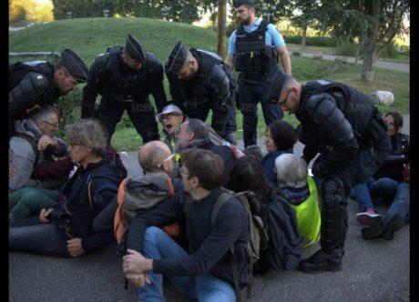 750 manifestants à Kolbsheim contre la déforestation et la violence policière