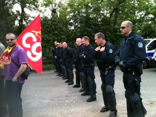 Après l'injonction du préfet, la direction de Senerval a enfin daigné rencontrer les grévistes