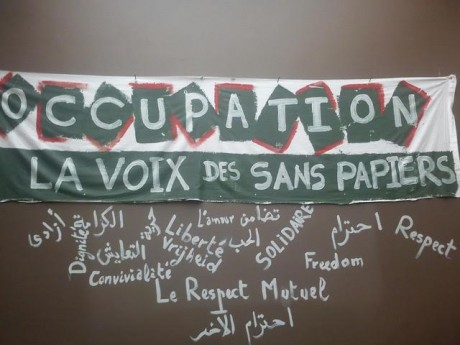 Expulsion de la « Voix des sans-papiers » à Molenbeek