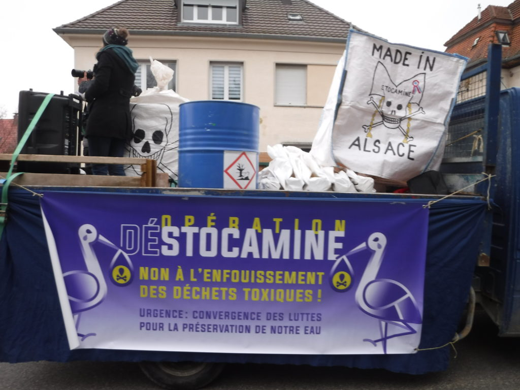 Plus de 750 manifestants à Wittelsheim contre le stockage définitif à Stocamine