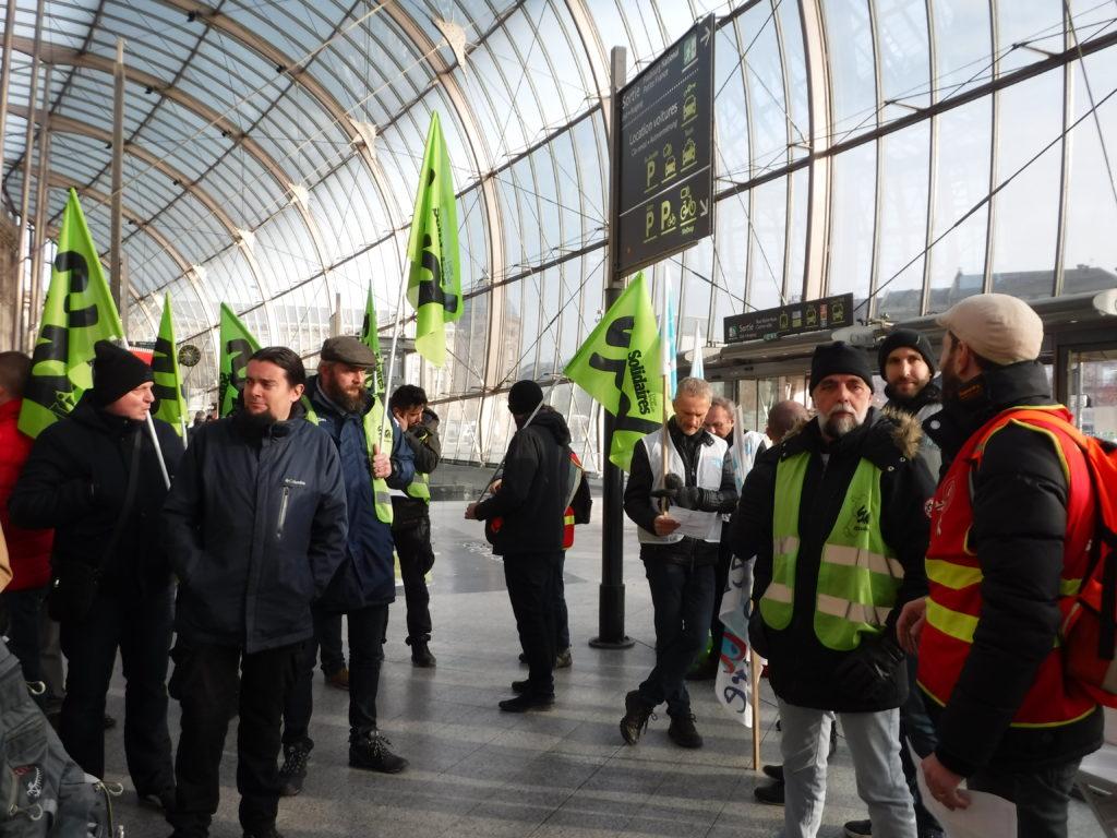 Les cheminots reconduisent la grève à Strasbourg