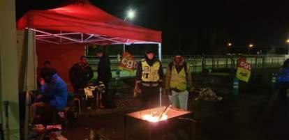 La police évacue des grévistes à l'écluse de Marckolsheim
