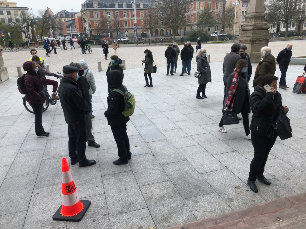 Relaxe à Strasbourg pour deux décrocheurs de portrait de Macron