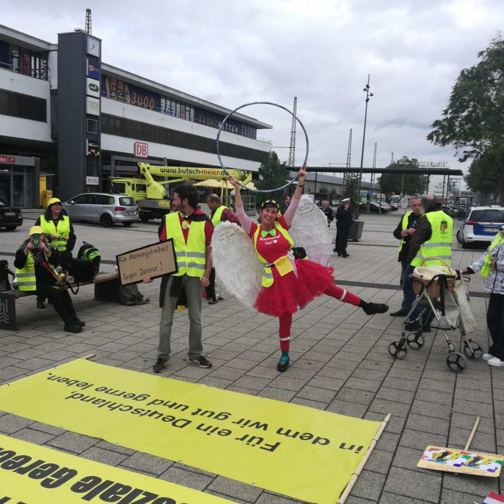 Les Gilets jaunes place Kléber à Strasbourg