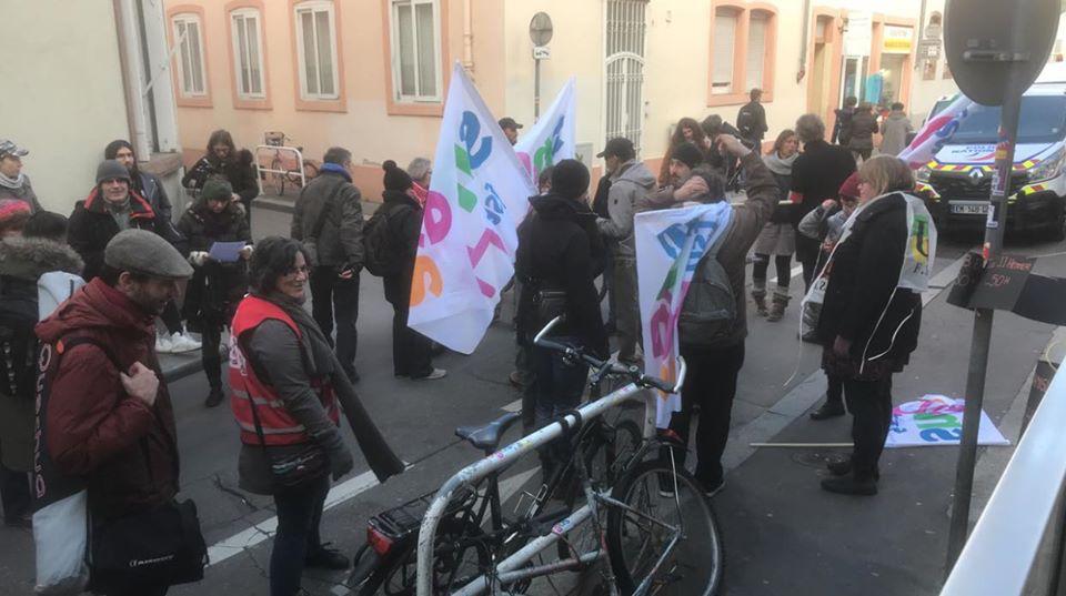 Rassemblement devant le rectorat de Strasbourg