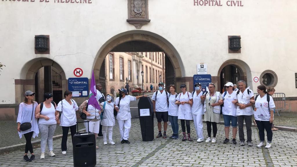 Hospitaliers contre l'obligation vaccinale à Strasbourg